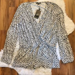 Adrianna Papell Long Long Sleeve Black & White Top